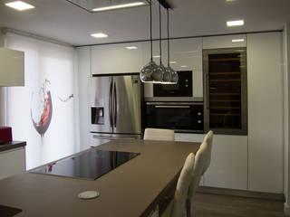 modern  by Muebles de Cocina Aries , Modern