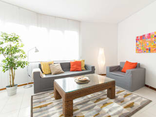 Modern Living Room by Impuls Home Staging en Barcelona Modern