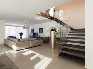 Salon moderne par AGA Studio Moderne