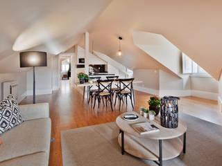 Pureza Magalhães, Arquitectura e Design de Interiores Dining roomTables