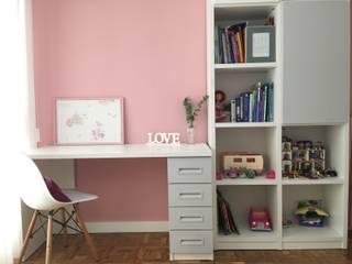 Dormitorios infantiles de estilo moderno por Noelia Villalba
