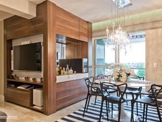 Apartamento LT: Salas de jantar  por Daniela Morales Arquitetura,Moderno