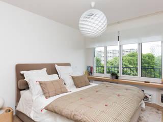 Scandinavian style bedroom by Mon Concept Habitation Scandinavian