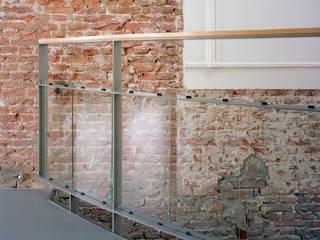 Restauratie en verbouw monumentaal woonhuis Amsterdam Moderne muren & vloeren van Hugo Caron Architecten bna Modern
