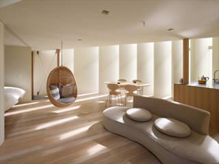 向日の家 / House in Muko モダンデザインの リビング の 藤原・室 建築設計事務所 モダン