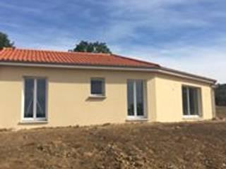 maison de plain pied Maisons classiques par Créaxia Classique