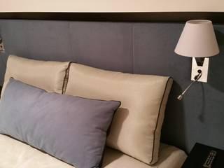 Łóżka Tapicerowane od Comfort & Style Interiors Nowoczesny