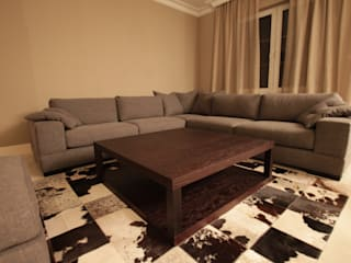SOFY od Comfort & Style Interiors Nowoczesny