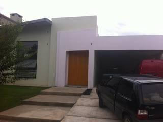 casa sergio ivanna:  de estilo  por almasurarquitectura