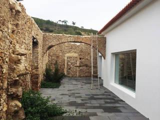 Reabilitação moradia unifamiliar: Casas  por Maisr Arquitectura e Reabilitação, lda.,Minimalista