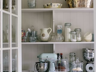 Country Manor Kitchen by Thompson Clarke Classic