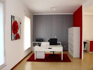 Remodelação de escritório: Escritórios  por Sara Silva - arquitecta