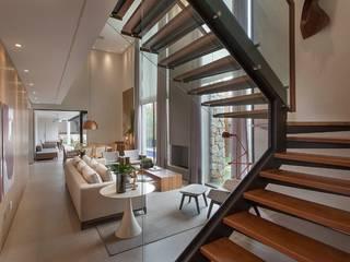 Salas de estilo moderno por Maira Del Nero Arquitetura e Interiores