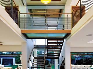 現代風玄關、走廊與階梯 根據 Dear Zania Interiors 現代風