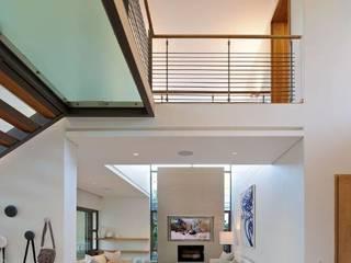 现代客厅設計點子、靈感 & 圖片 根據 Dear Zania Interiors 現代風