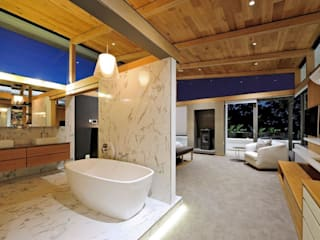Dear Zania Interiors Modern style bathrooms