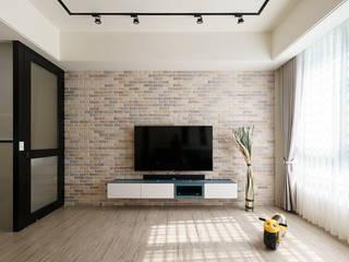 善化  貝森朵夫二期 :  客廳 by 橡樹設計Oak Design