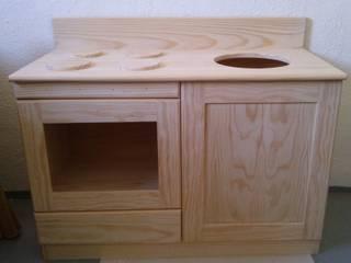 Móvel cozinha sem acabamento:   por Vassourinha Rústica