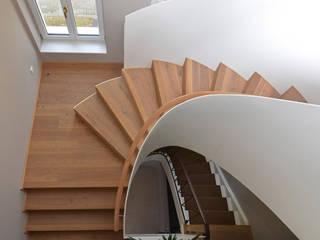Wohnhausumbau:  Flur & Diele von outsideIN | Innen-Architektur