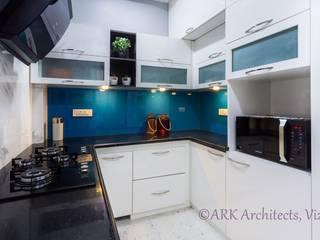 Kitchen by ARK Architects & Interior Designers,