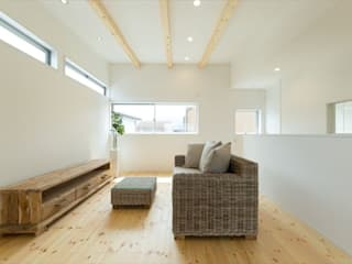 Air Living® 矩形居 モダンデザインの リビング の フォーレストデザイン一級建築士事務所 モダン