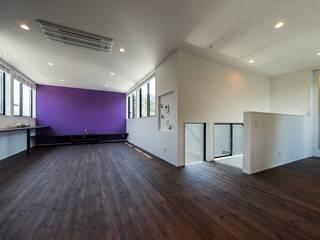 Air Living® Cな家 モダンデザインの リビング の フォーレストデザイン一級建築士事務所 モダン