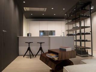 Cozinhas minimalistas por Eusebi Arredamenti Minimalista