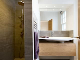 Hammersmith Grove, London, W6 Modern Bathroom by APT Renovation Ltd Modern