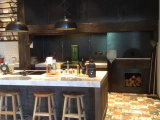 IMPORCHAMA, FOGÕES DE SALA LDª Country style kitchen