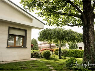Riqualificazione Energetica Casa Singola: Case in stile  di Adimora - Geom. Alessandro Meggiolan