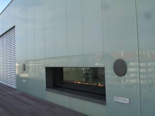 Lareira a gás Salas de estar modernas por IMPORCHAMA, FOGÕES DE SALA LDª Moderno