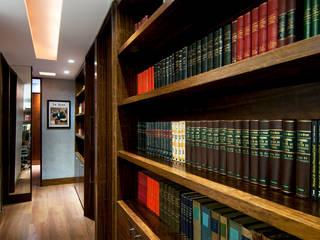 Modern study/office by Rafael Mirza Arquitetura Modern