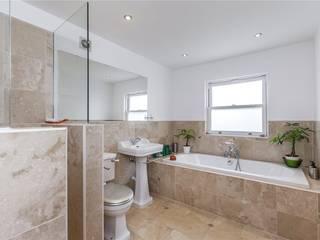Chesilton Road, Fulham, SW6 Modern Bathroom by APT Renovation Ltd Modern