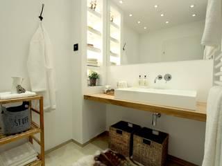 Chalet Style - Home Staging Graz von StageBella Rustikal