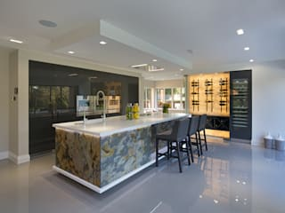 Mulberry Modern kitchen by The Wood Works Modern