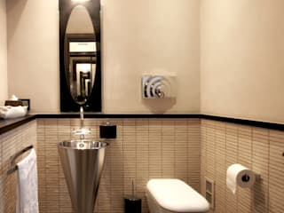 Modern style bathrooms by Imperatore Architetti Modern