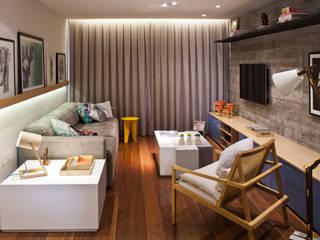 Modern Living Room by PKB Arquitetura Modern