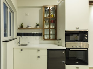 : modern Kitchen by Nandita Manwani