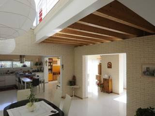 LDA_DM1: l'equilibrio termico verde! Cucina moderna di Laboratorio di Architettura di Lamon Arch. Luciano Moderno