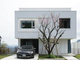 山嵐之家 現代房屋設計點子、靈感 & 圖片 根據 行一建築 _ Yuan Architects 現代風