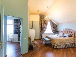 Dormitorios de estilo clásico de Мастерская дизайна Екатерины Меркель Clásico