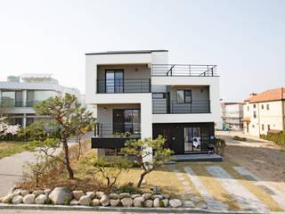 modern Houses by 창조하우징