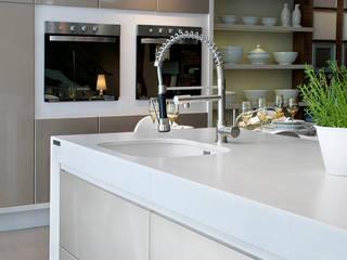 Kitchen by Fİ DİZAYN Mermer, Granit, Quars Satış ve Uygulama, Modern