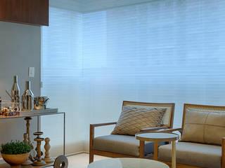 Apartamento Compacto 2 : Terraços  por Renata Basques Arquitetura e Design de Interiores,Moderno
