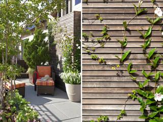 Urban Oasis Moderner Balkon, Veranda & Terrasse von Ecologic City Garden - Paul Marie Creation Modern