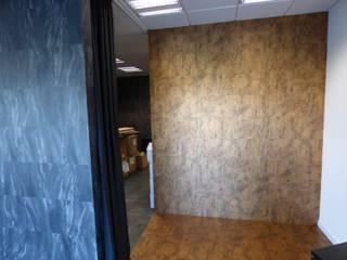 Showroom Floover Headquarters: Edificios de Oficinas de estilo  por Floover Latam