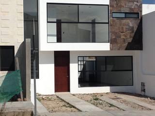 Casas modernas de ALVARO CARRILLO arquitecto Moderno