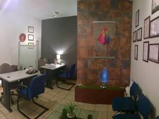 oficina -despacho. Estudios y despachos eclécticos de 3HOUS Ecléctico