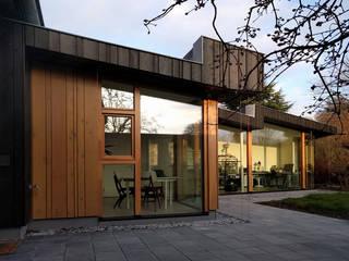 Vleugelhuis: moderne Huizen door Marks - van Ham architectuur