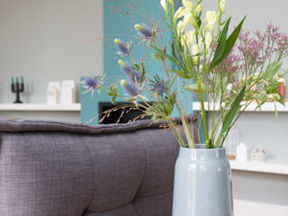 Country style living room by Mignon van de Bunt Interieurontwerp, Styling & Realisatie Country